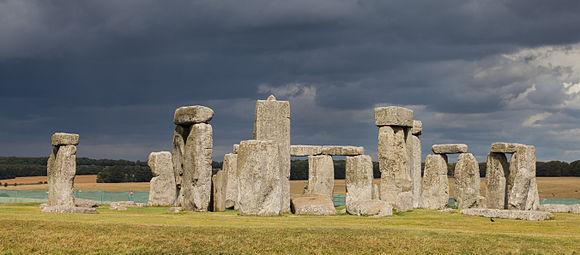 stonehenge_condado_de_wiltshire_inglaterra_2014-08-12_dd_09